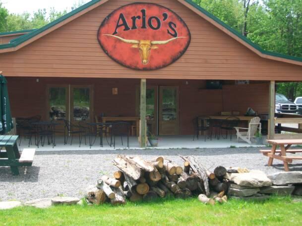 Arlo's Tavern