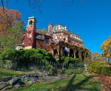 The Harry Packer Mansion.