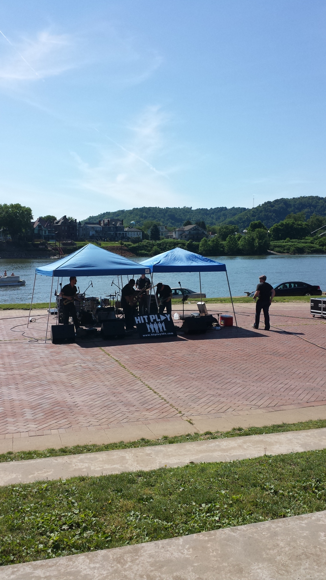 Music on the Ohio.